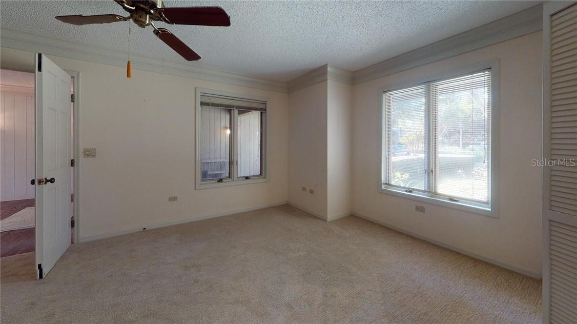 Single Family Home for sale at 1661 Pine Harrier Cir, Sarasota, FL 34231 - MLS Number is A4477099