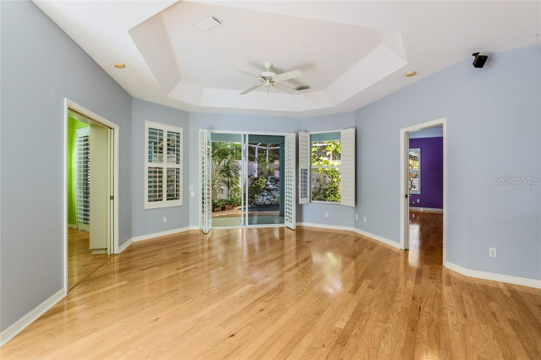 Single Family Home for sale at 1379 Tearose Pl, Sarasota, FL 34239 - MLS Number is A4480387