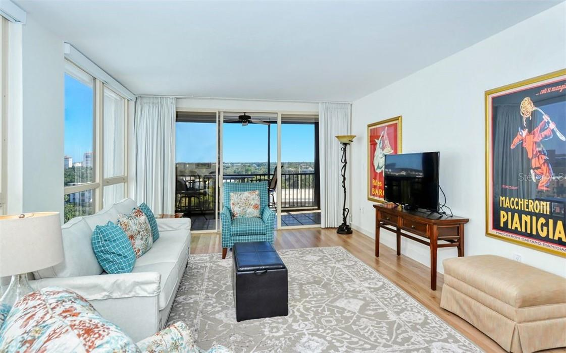 Living Room with City Views for miles. - Condo for sale at 707 S Gulfstream Ave #1002, Sarasota, FL 34236 - MLS Number is A4484781