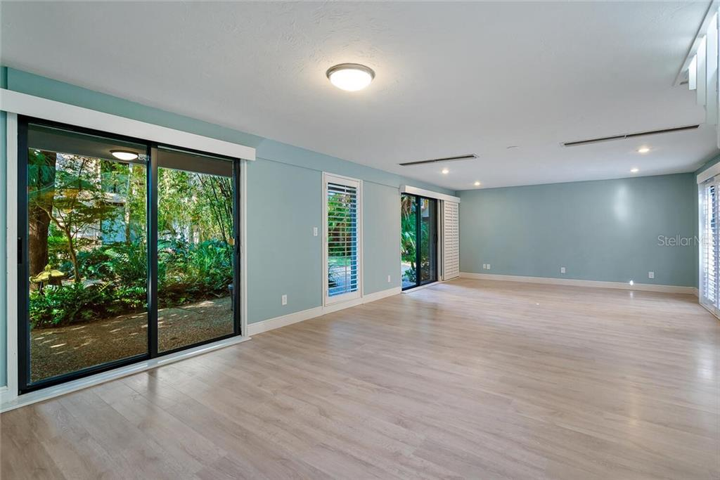 Condo for sale at 17 Sandy Cove Rd #7-C, Sarasota, FL 34242 - MLS Number is A4485187