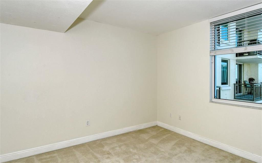 2nd full bath - Condo for sale at 800 N Tamiami Trl #1007, Sarasota, FL 34236 - MLS Number is A4485565