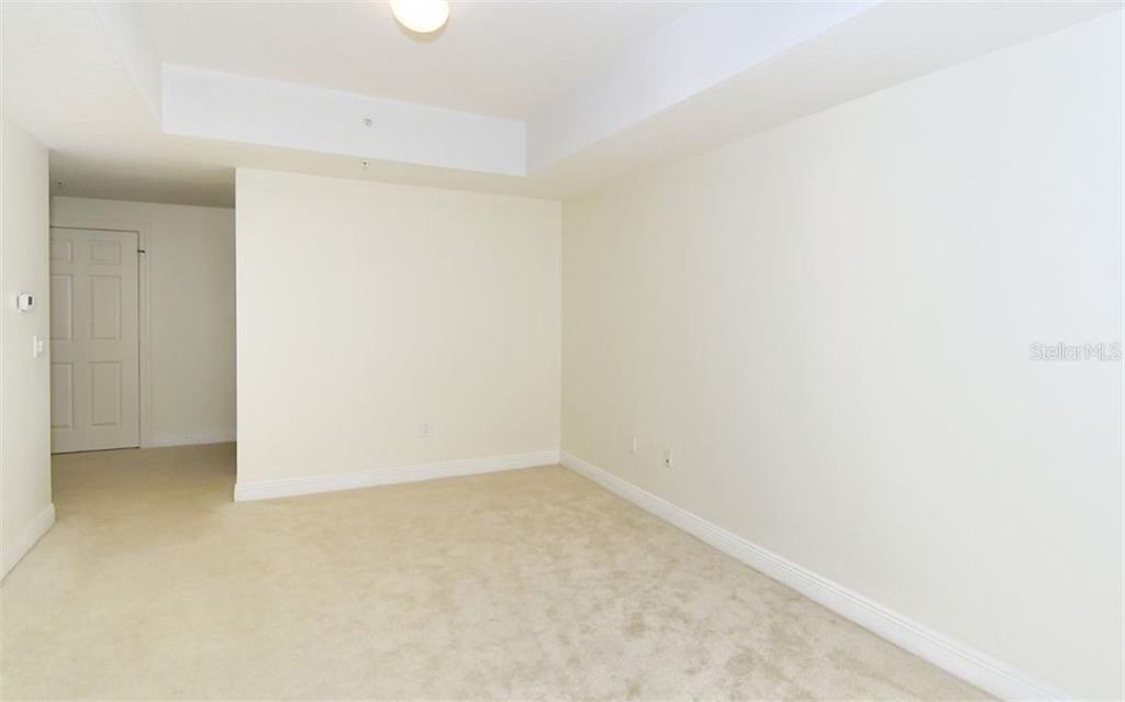 Powder room - Condo for sale at 800 N Tamiami Trl #1007, Sarasota, FL 34236 - MLS Number is A4485565