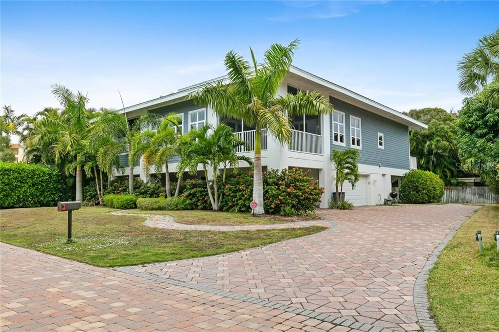 Single Family Home for sale at 1145 Horizon View Dr, Sarasota, FL 34242 - MLS Number is A4486759