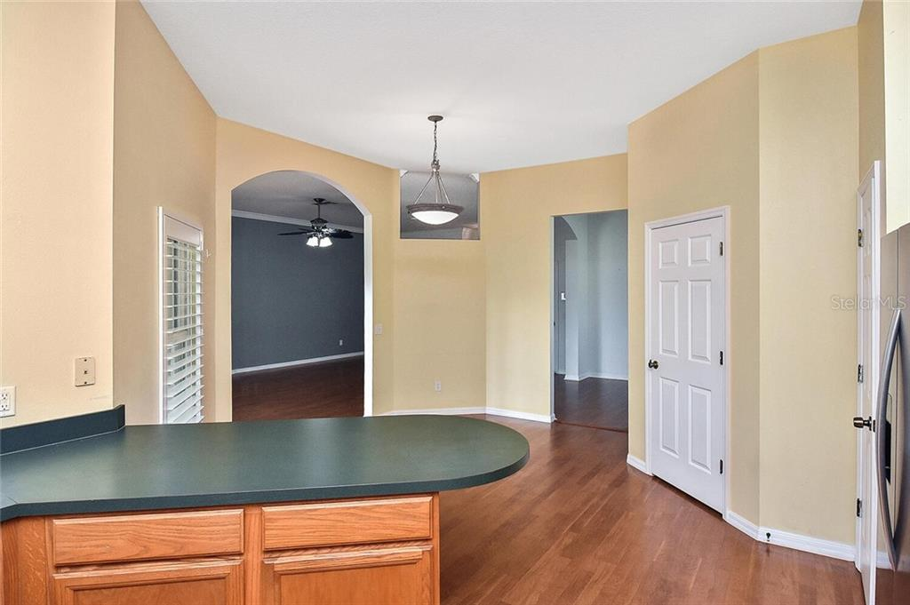 Kitchen, breakfast nook - Single Family Home for sale at 4339 Manfield Dr, Venice, FL 34293 - MLS Number is A4488140