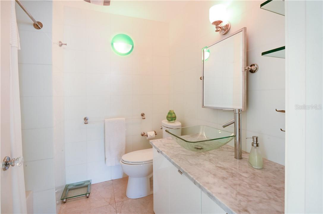 Entrance to the Master Bed-Room and Bath-Room - Condo for sale at 1945 Gulf Of Mexico Dr #M2-505, Longboat Key, FL 34228 - MLS Number is A4489188