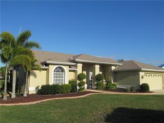 6631 7 Pines Dr, Bradenton, FL 34203