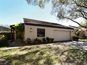 3902 Glen Oaks Manor Dr #45, Sarasota, FL 34232