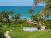 1465 Gulf Of Mexico Dr #302, Longboat Key, FL 34228