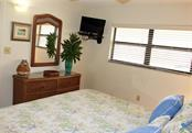 Master bedroom - Condo for sale at 4621 Gulf Of Mexico Dr #11c, Longboat Key, FL 34228 - MLS Number is A4187979