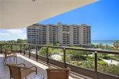 Condo for sale at 1241 Gulf Of Mexico Dr #405, Longboat Key, FL 34228 - MLS Number is A4194881
