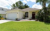 5037 82nd Way E, Sarasota, FL 34243