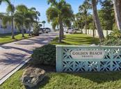 Deeded beach access to Golden Beach - Single Family Home for sale at 416 Mahon Dr, Venice, FL 34285 - MLS Number is A4196787