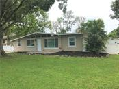 Single Family Home for sale at 3984 Prado Dr, Sarasota, FL 34235 - MLS Number is A4410354