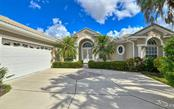 Single Family Home for sale at 6661 Windjammer Pl, Lakewood Ranch, FL 34202 - MLS Number is A4447885