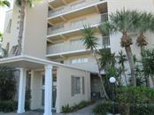 4235 Gulf Of Mexico Dr #T304, Longboat Key, FL 34228