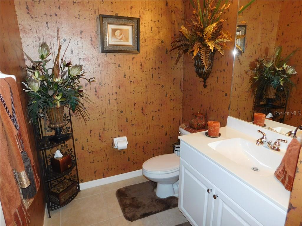 Bathroom - Villa for sale at 1578 Monarch Dr #1578, Venice, FL 34293 - MLS Number is N5911451