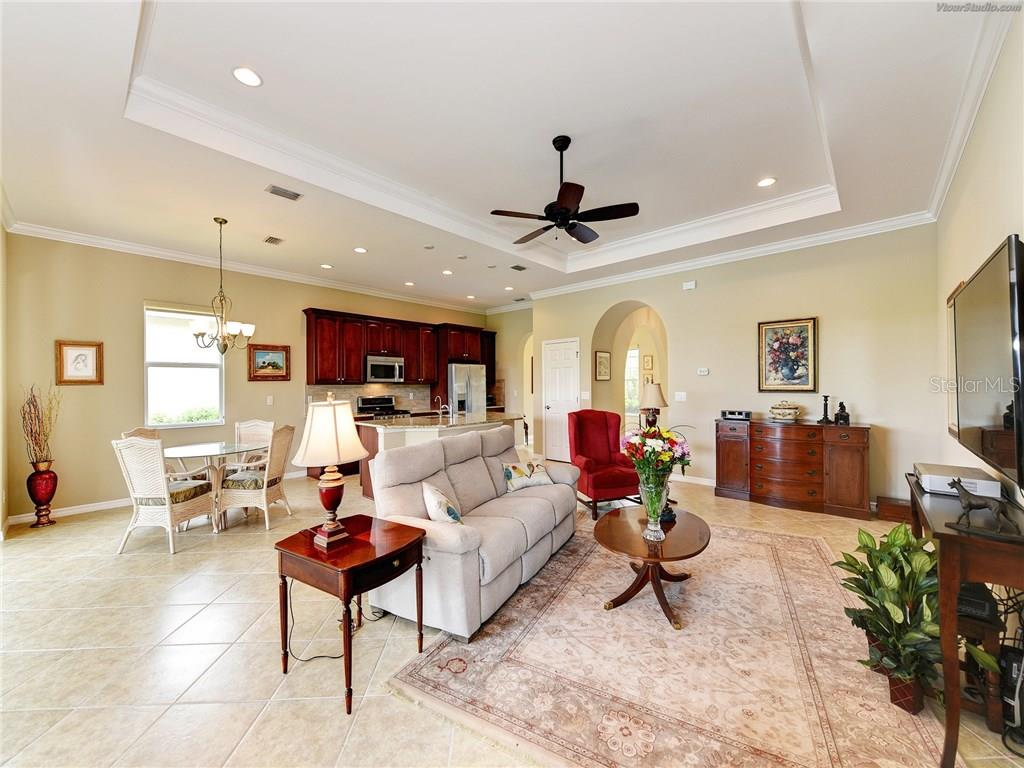 Single Family Home for sale at 172 Pesaro Dr, North Venice, FL 34275 - MLS Number is N5913076