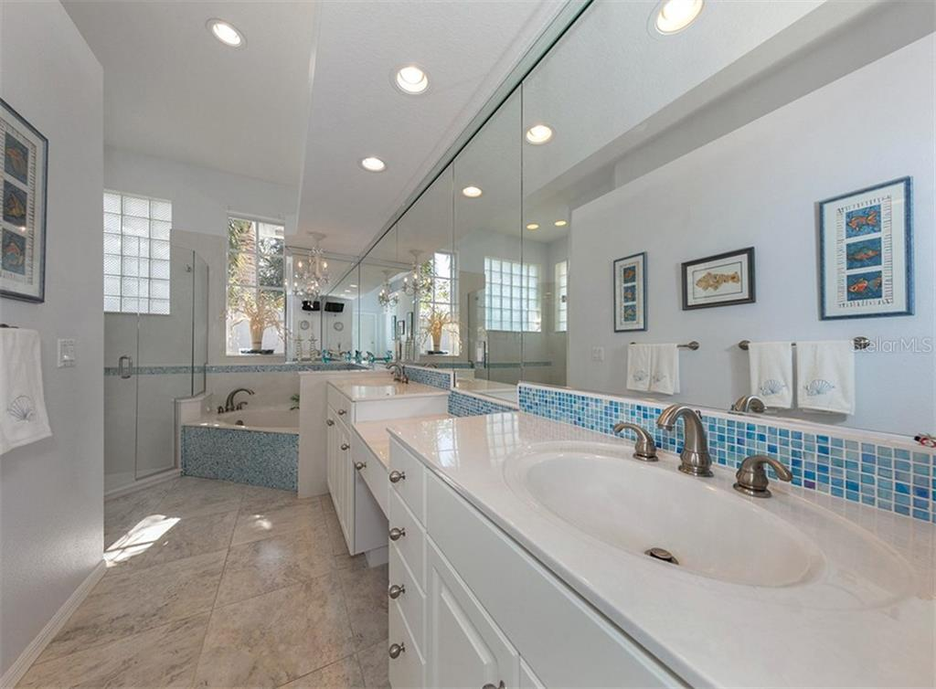 Master Bath - Single Family Home for sale at 329 Venice Golf Club Dr, Venice, FL 34292 - MLS Number is N5915275