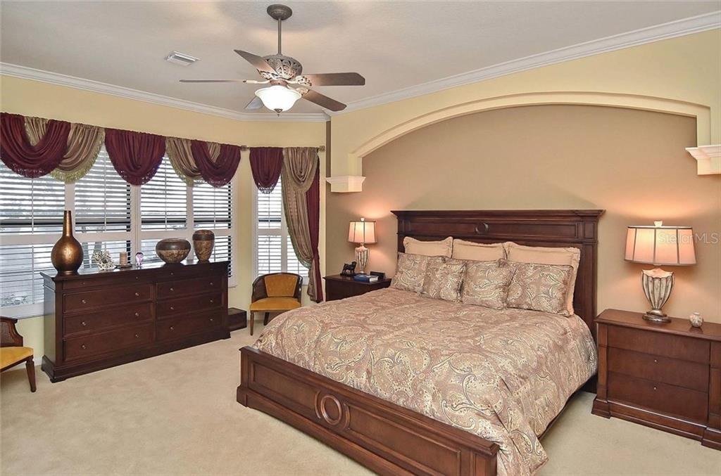 Master bedroom - Single Family Home for sale at 769 Sawgrass Bridge Rd, Venice, FL 34292 - MLS Number is N5916484