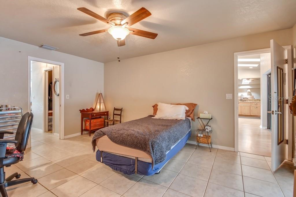 Master bedroom - Single Family Home for sale at 3810 Albin Ave, North Port, FL 34286 - MLS Number is N6100509