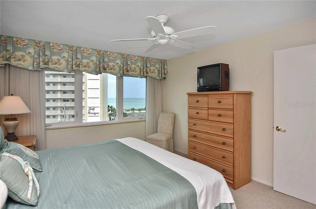Master bedroom with view of the gulf - Condo for sale at 500 The Esplanade N #402, Venice, FL 34285 - MLS Number is N6100557