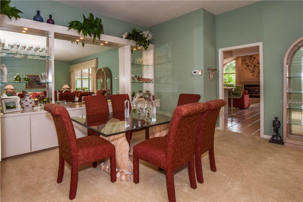 Single Family Home for sale at 837 Carnoustie Dr, Venice, FL 34293 - MLS Number is N6101166