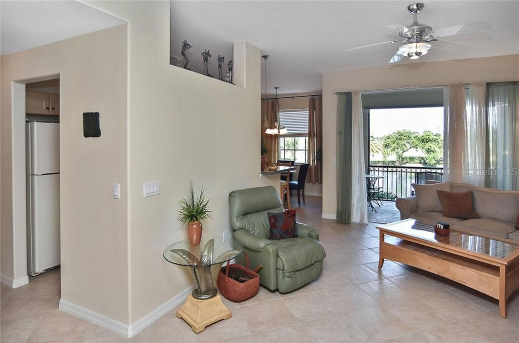 Interior layout - Condo for sale at 940 Cooper St #202, Venice, FL 34285 - MLS Number is N6101184