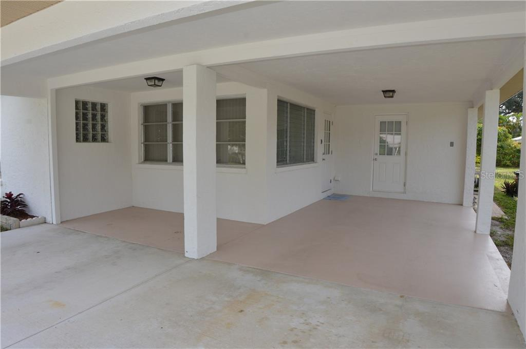 Carport - Single Family Home for sale at 609 Armada Rd N, Venice, FL 34285 - MLS Number is N6102952