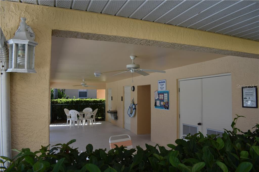 Community Bath House. - Condo for sale at 904 Casa Del Lago Way #904, Venice, FL 34292 - MLS Number is N6105434