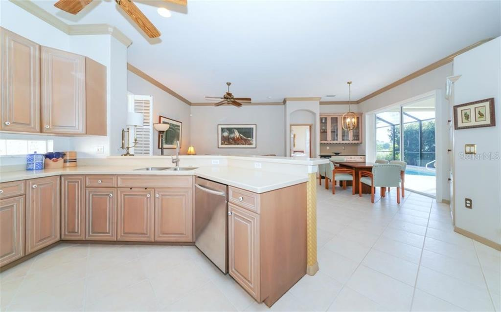 Kitchen to great room - Single Family Home for sale at 226 Rio Terra, Venice, FL 34285 - MLS Number is N6107320