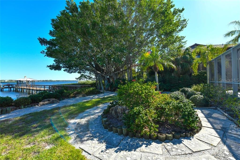 Backyard - Single Family Home for sale at 7785 Manasota Key Rd, Englewood, FL 34223 - MLS Number is N6107786