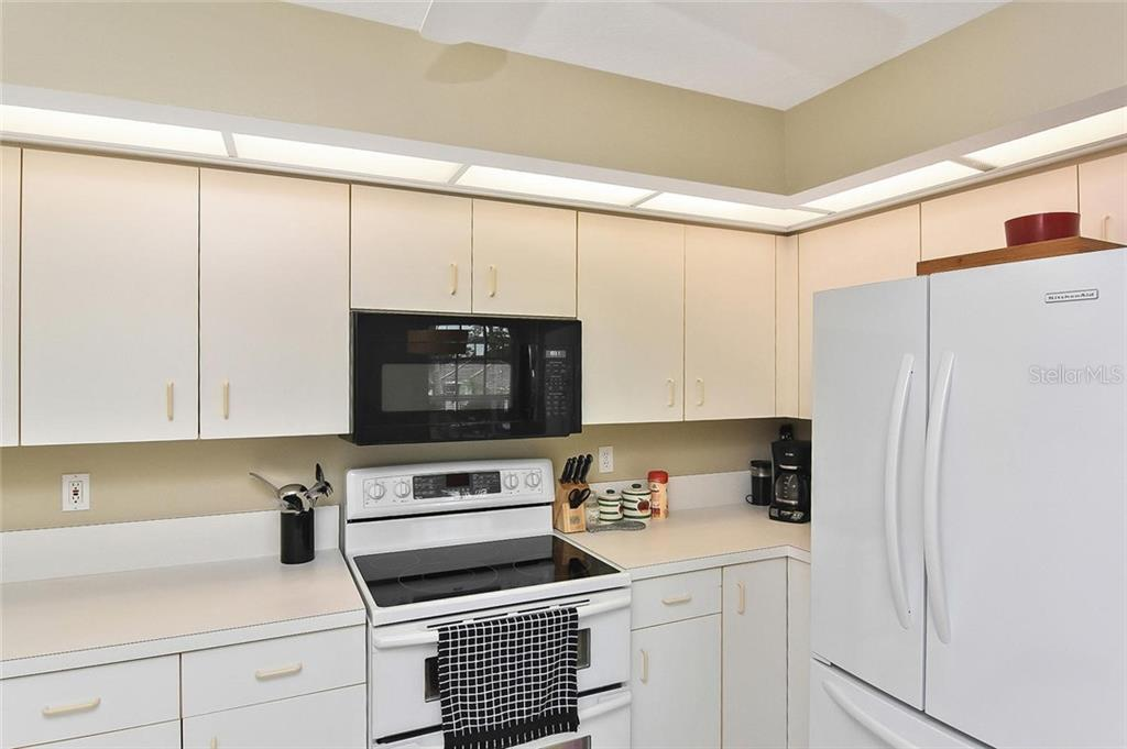 Great room - Condo for sale at 817 Montrose Dr #201, Venice, FL 34293 - MLS Number is N6107943
