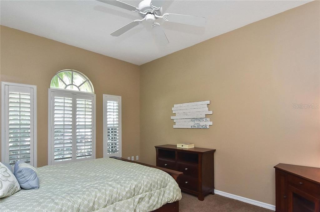 Guest house bedroom - Single Family Home for sale at 321 Dulmer Dr, Nokomis, FL 34275 - MLS Number is N6108685