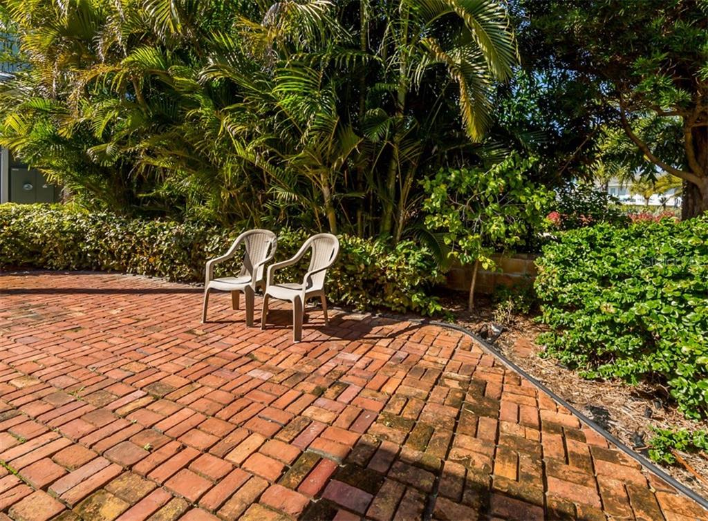Patio - Single Family Home for sale at 717 Valencia Rd, Venice, FL 34285 - MLS Number is N6109082