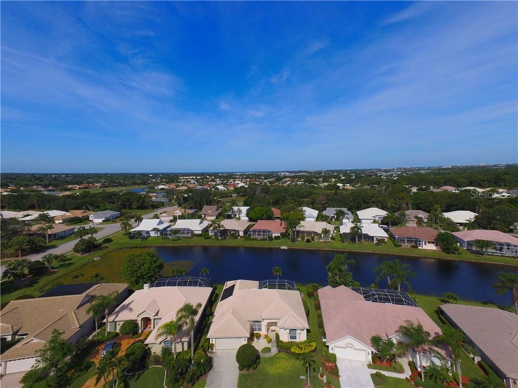 Aerial - Single Family Home for sale at 413 Pebble Creek Ct, Venice, FL 34285 - MLS Number is N6110166