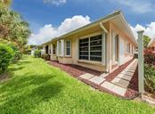 Kitchen - Villa for sale at 1230 Berkshire Cir, Venice, FL 34292 - MLS Number is N6105831