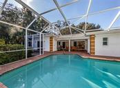 Pool, lanai - Single Family Home for sale at 1321 Guilford Dr, Venice, FL 34292 - MLS Number is N6113272