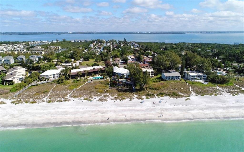 Additional photo for property listing at 5610 & 5620 Gulf Of Mexico Dr #1 5610 & 5620 Gulf Of Mexico Dr #1 Longboat Key, 플로리다,34228 미국