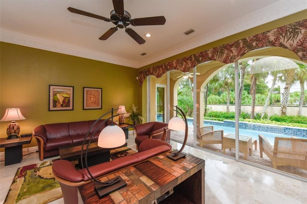Additional photo for property listing at 3907 Solymar Dr  Sarasota, Florida,34242 United States