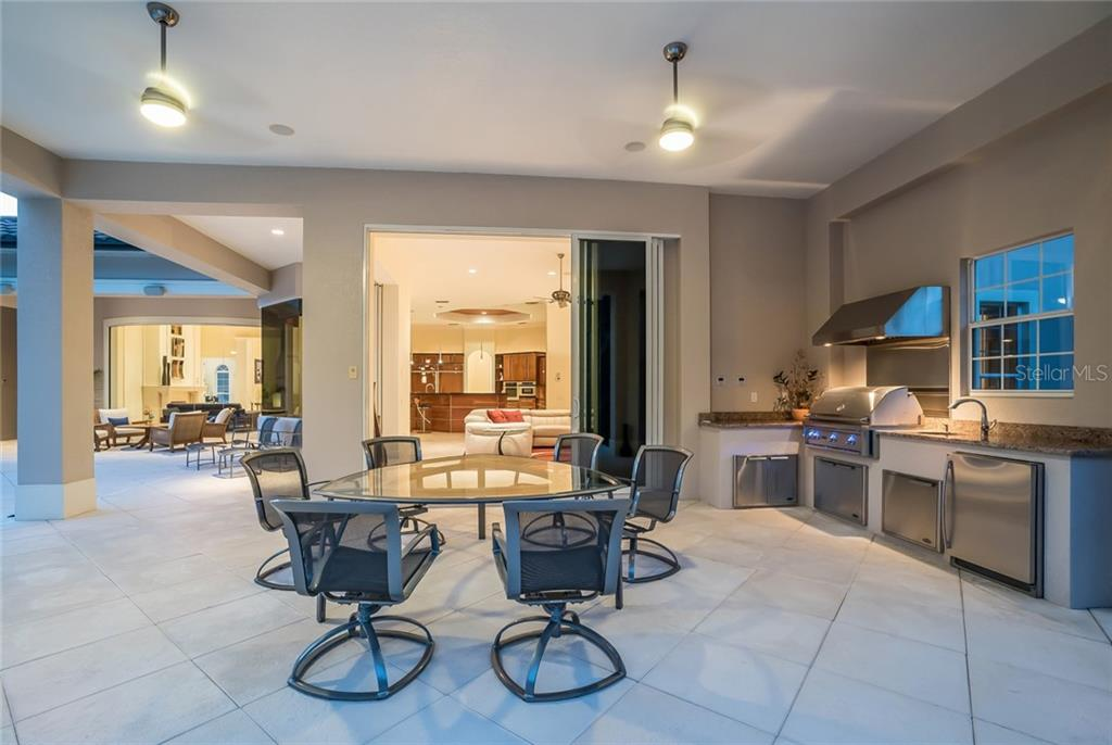 Additional photo for property listing at 12519 Highfield Cir 12519 Highfield Cir Lakewood Ranch, Florida,34202 Vereinigte Staaten