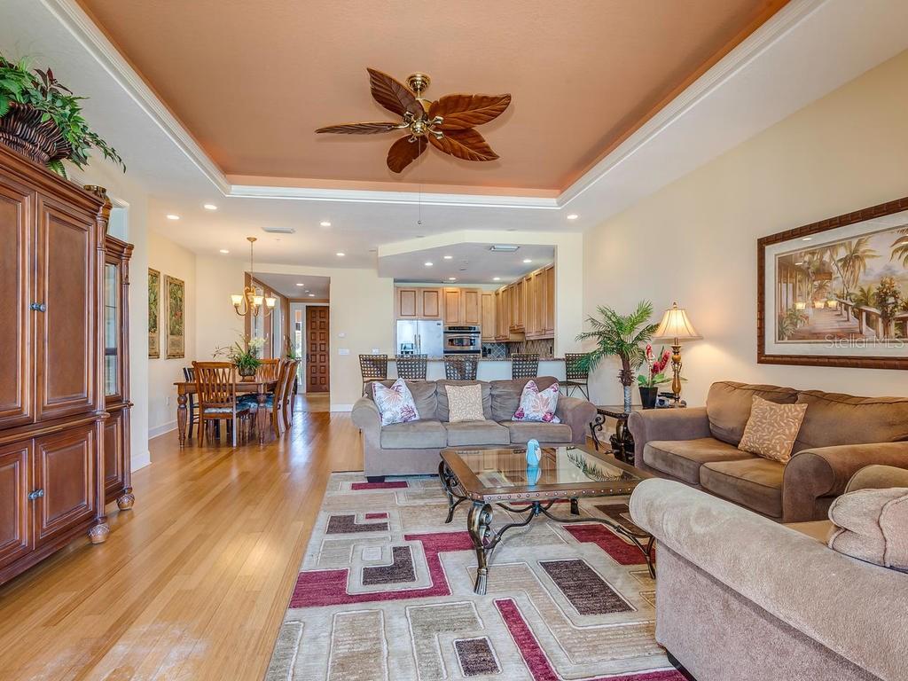 Additional photo for property listing at 1706 Gulf Dr N #c 1706 Gulf Dr N #c Bradenton Beach, Florida,34217 United States
