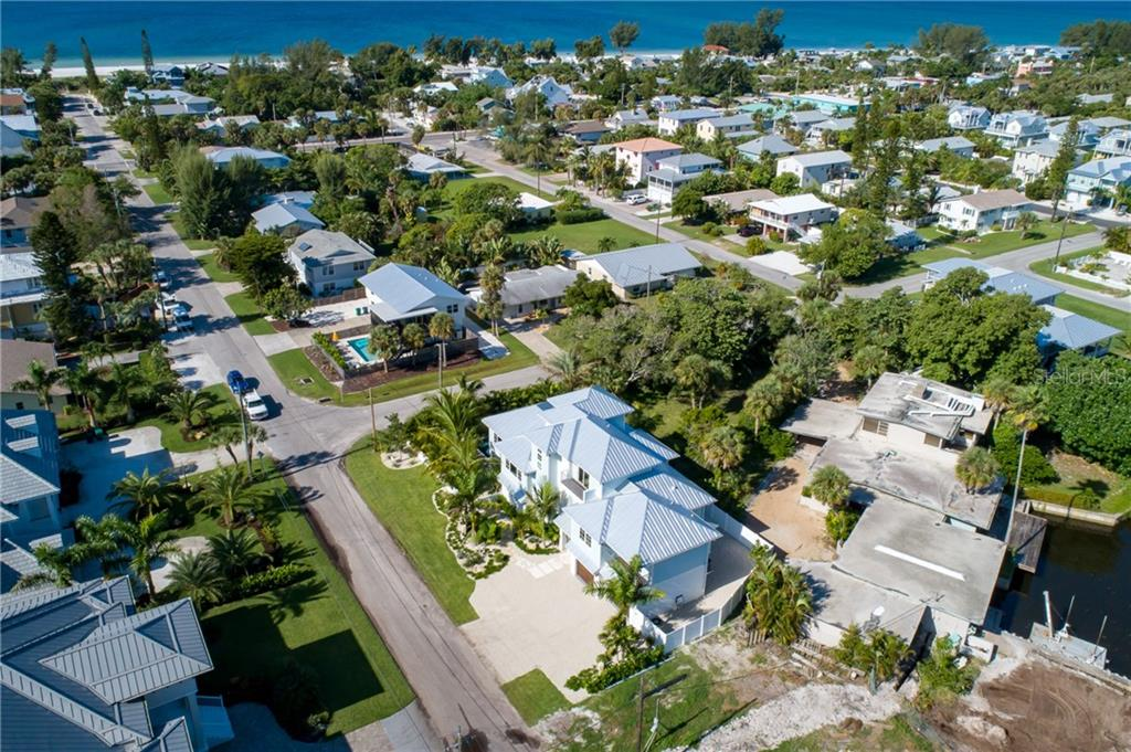 Single Family Home for sale at 222 Willow Ave, Anna Maria, FL 34216 - MLS Number is A4400309