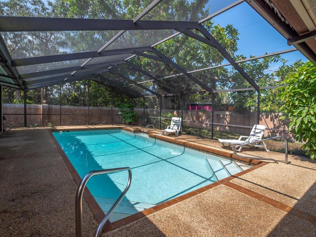 Screened lanai - Single Family Home for sale at 1173 Morningside Pl, Sarasota, FL 34236 - MLS Number is A4401654