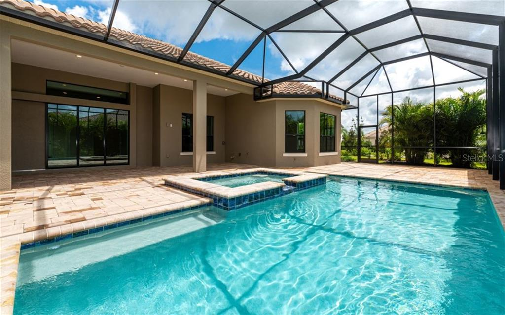 Single Family Home for sale at 16734 Collingtree Xing, Bradenton, FL 34202 - MLS Number is A4413766