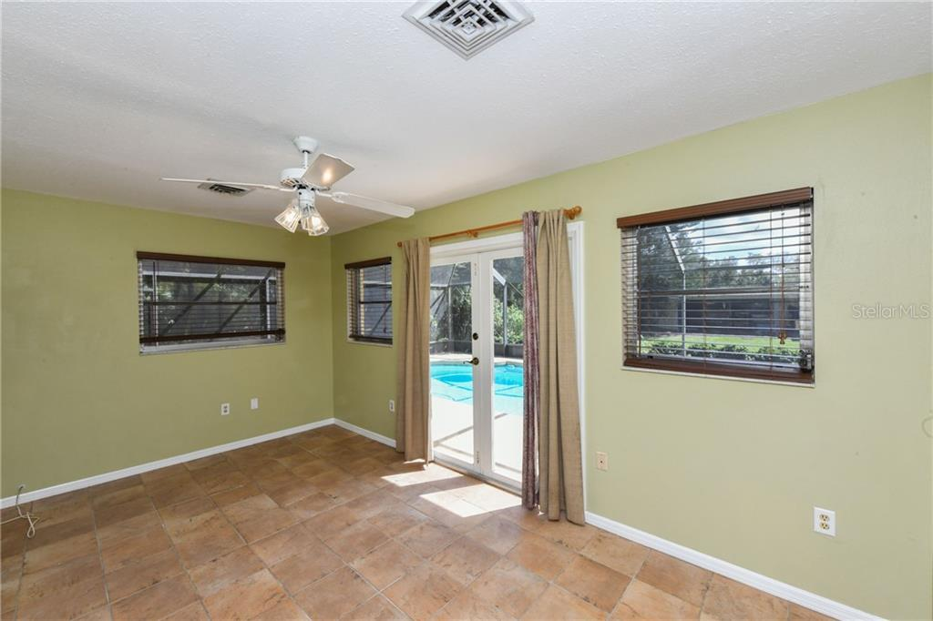 Generous bonus room. - Single Family Home for sale at 2045 Frederick Dr, Venice, FL 34292 - MLS Number is A4416740