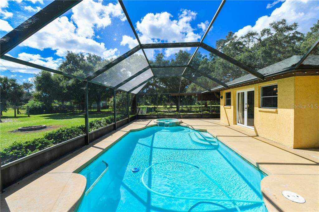 Beautiful pool and spa. - Single Family Home for sale at 2045 Frederick Dr, Venice, FL 34292 - MLS Number is A4416740