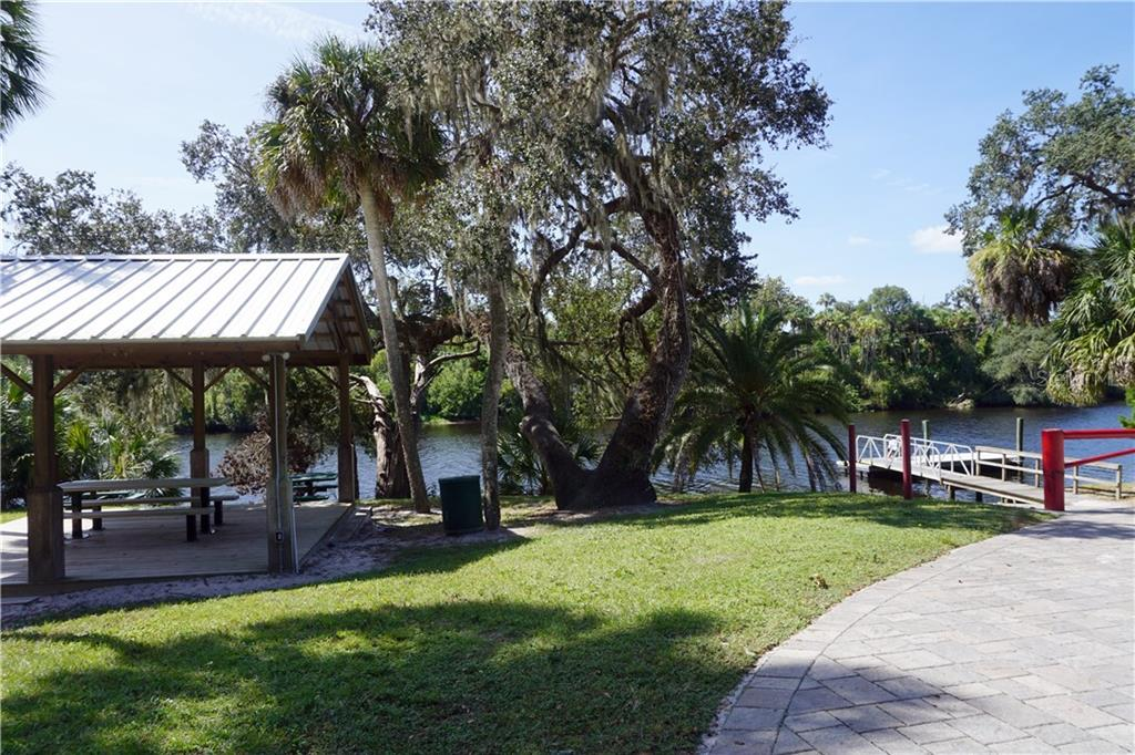 Private boat ramp to Manatee River - Single Family Home for sale at 3710 Twin Rivers Trl, Parrish, FL 34219 - MLS Number is A4417184