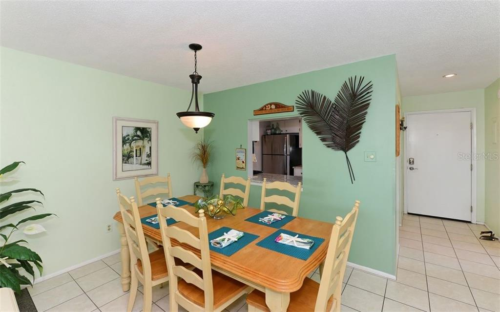 Spacious Dining. - Condo for sale at 797 Beach Rd #215, Sarasota, FL 34242 - MLS Number is A4430524