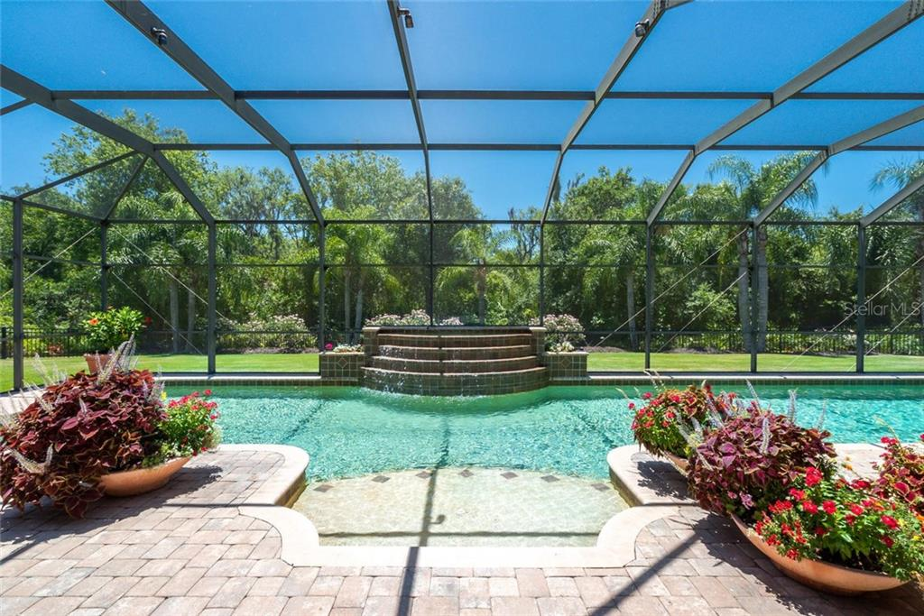 Single Family Home for sale at 13232 Palmers Creek Ter, Lakewood Ranch, FL 34202 - MLS Number is A4438520