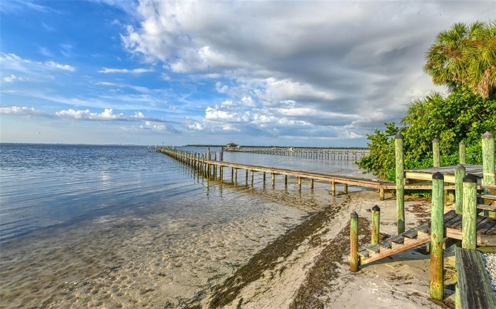 Private beach shared with 3 other homes - Single Family Home for sale at 2316 Nw 85th St Nw, Bradenton, FL 34209 - MLS Number is A4445702